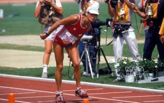 Gabriela-Andersen-Schiess-maratón-femenina-Los-Angeles-1984-Locos-por-correr